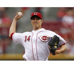 Image for Reds Continue Improbable Run Without Votto
