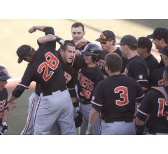 Image for Oregon State Evens Series in 12-4 Rout of Kansas State