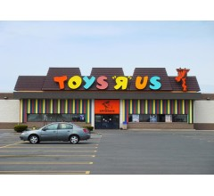 Image for Toys R Us Returning For Holidays