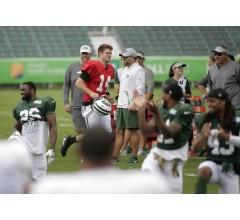 Image for Jets Sign Sam Darnold, QB Starts Practicing