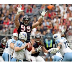 Image for Odds Makers Like J.J. Watt to Win NFL Defensive Player of the Year