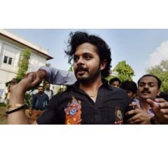 Image for S Sreesanth on why he tucked a towel during IPL 2013