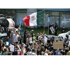 Image for Donald Trump to Visit Mexico Prior to Immigration Speech