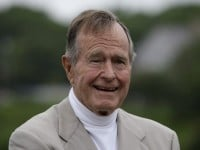 Report: George H.W. Bush to Vote for Hillary Clinton