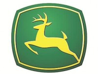 Deere & Company (NYSE:DE) PT Raised to $400.00 at BMO Capital Markets