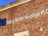 Hill & Smith (LON:HILS) Reaches New 1-Year Low at $888.00