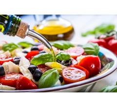 Image for Mediterranean Diet May Provide Better Bone Health for Postmenopausal Women