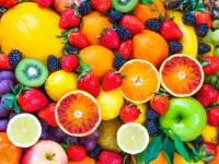 Should Expectant Mothers Eat More Fruit?