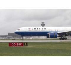 Image for United Earnings Meet Expectations, But Fall 52%