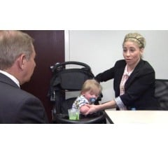 Image for Flight Attendants Accuse Frontier Airlines of Not Allowing Breast Feeding