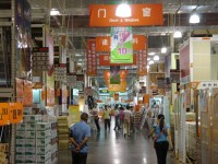 Profit at Home Depots Tops Estimates
