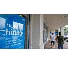 Image for Jobless Claims in U.S. Increase; Average for Four Weeks at 15-Year Low