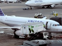 United Airlines Flights Resume after Being Grounded Two Hours