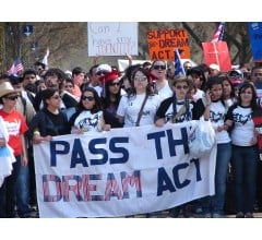"""Image for Clinton Campaign Enlists """"Dreamers"""" To Woo Latinos"""