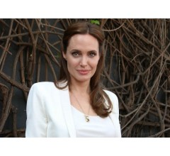 Image for Angelina Jolie Effect Has Doubled the Number of Cancer Tests